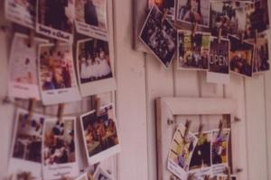 Hier finden Sie eine Überischt unserer Bilderrahmen zur Wanddekoration | Allgaier-Allerlei