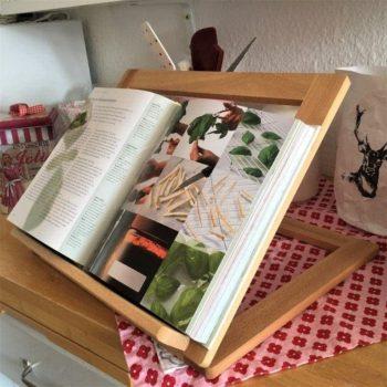 Buchständer aus Holz online kaufen im Dekoshop auf www.allgei.de