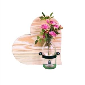 Deko-Holzherz mit Blumenvase