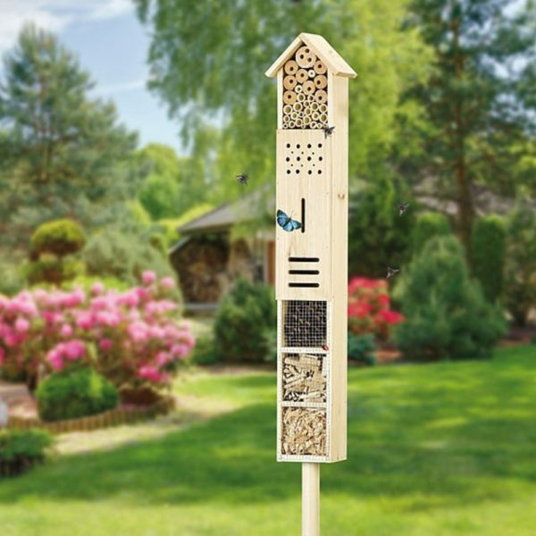 Insektenhotel zum stecken für Deinen Garten mit einer höhe von 160 cm aus Holz jetzt online bestellen bei Allgaier-Allerlei®