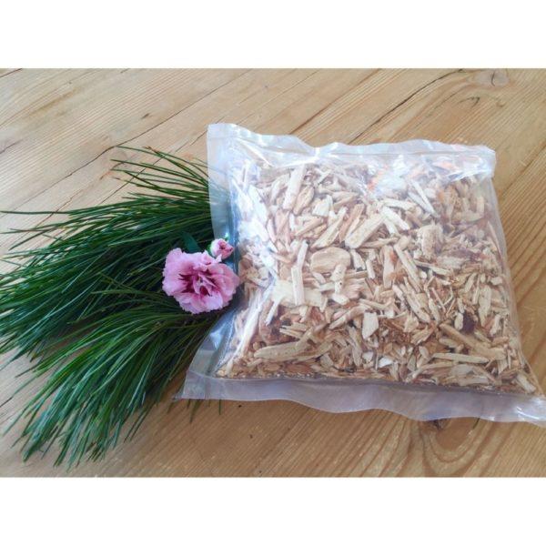 Hackschnitzel aus Zirbenholz zum befüllen von Schalen für einen unverwechselbaren angenehmen Zirbenduft jetzt online kaufen im Dekoshop von Allgaier-Allerlei®