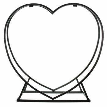 Kaminholzregal aus Metall in Schwarz als Herz zur Aufbewahrung von Feuerholz oder als Dekoration.