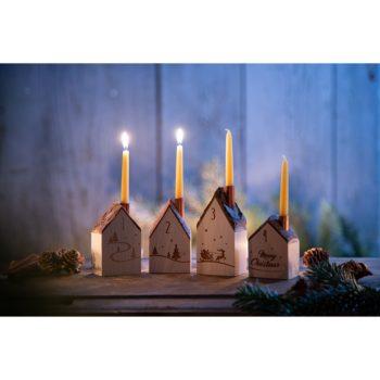 Adventskranz mit Häuschen als Set aus Holz mit Kerzen jetzt online bestellen bei Allgaier-Allerlei