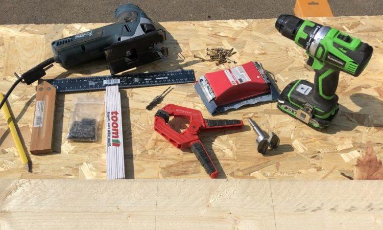 Nistkasten bauen: Bauanleitung zum selbermachen: Werkzeugbedarf | Allgaier-Allerlei